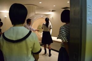 OC16放射MRI室見学の様子